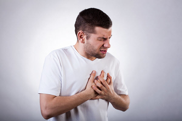 Cider vinegar cures heartburn without pills