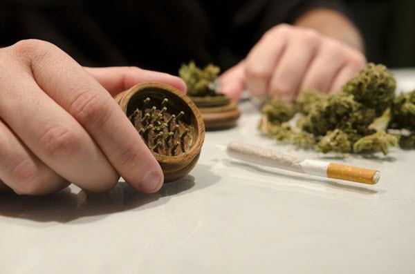 7 surprising health benefits of legal marijuana